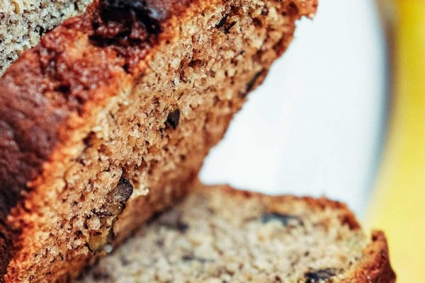 A healthy recipe for banana bread - avoid the sugary foods, improve your lifestyle and keep your skin glowing.